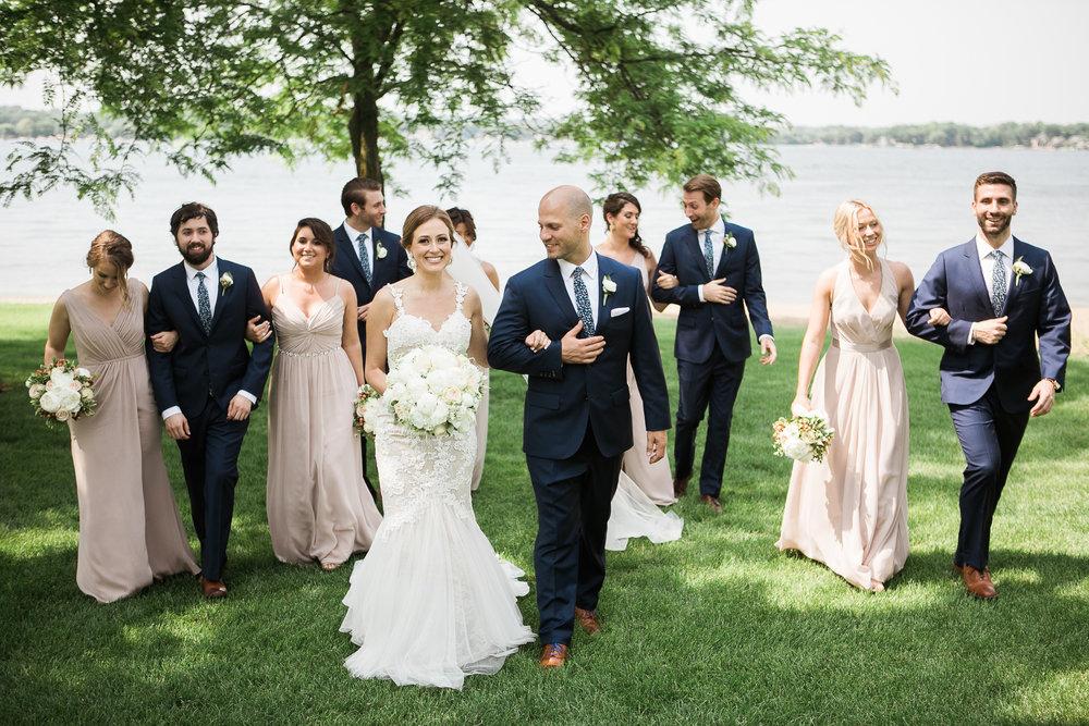 Lake-Estate-Backyard-Wedding-Wisconsin_099.jpg