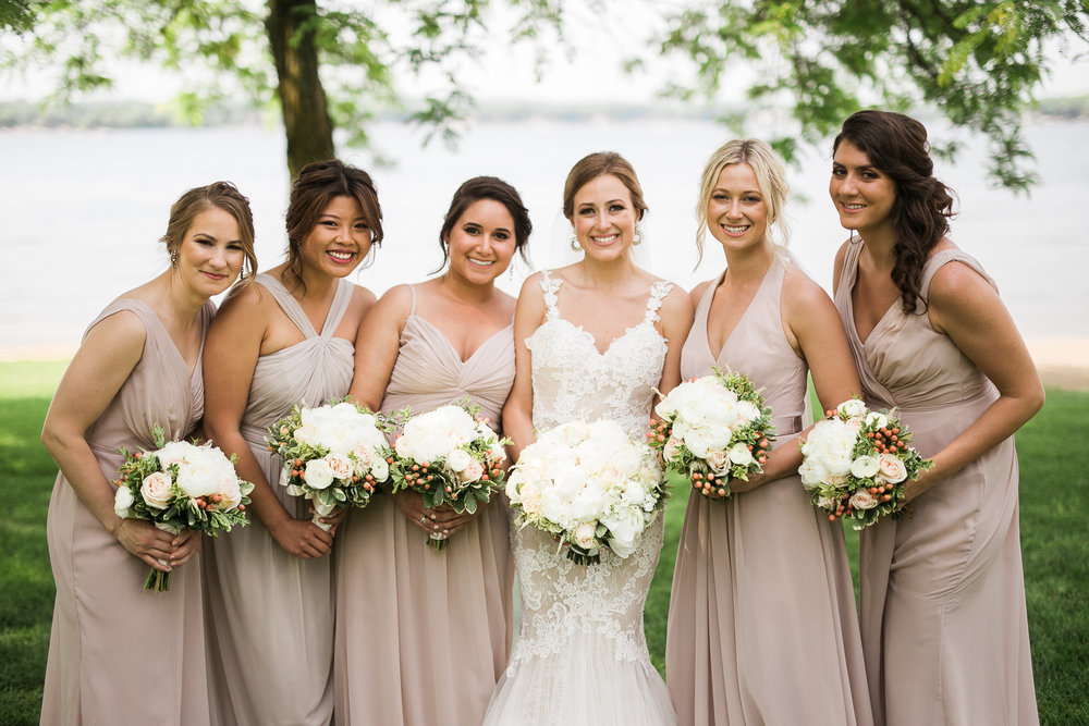 Lake-Estate-Backyard-Wedding-Wisconsin_100.jpg