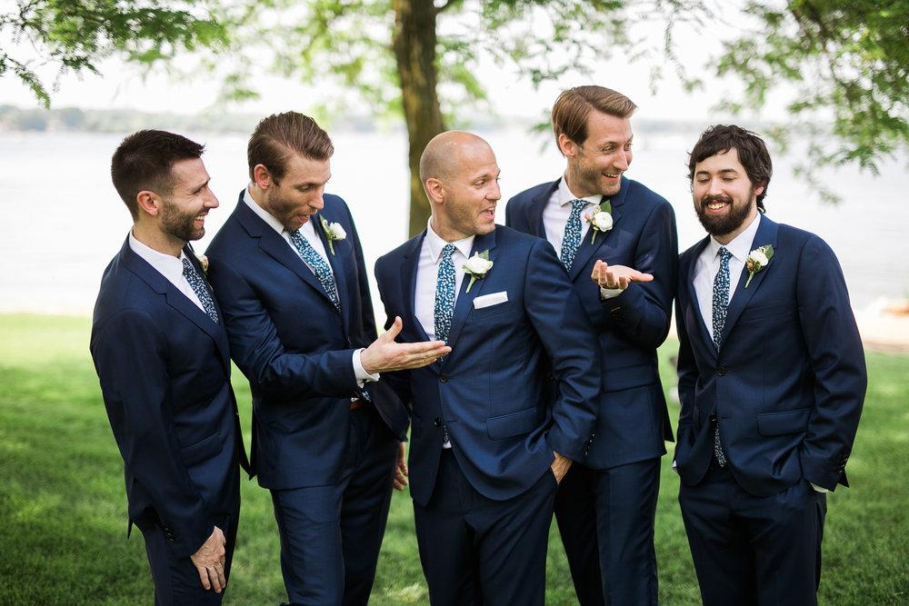 Lake-Estate-Backyard-Wedding-Wisconsin_105.jpg
