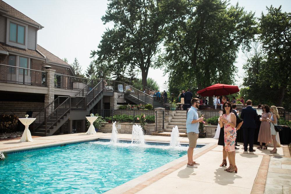Lake-Estate-Backyard-Wedding-Wisconsin_123.jpg