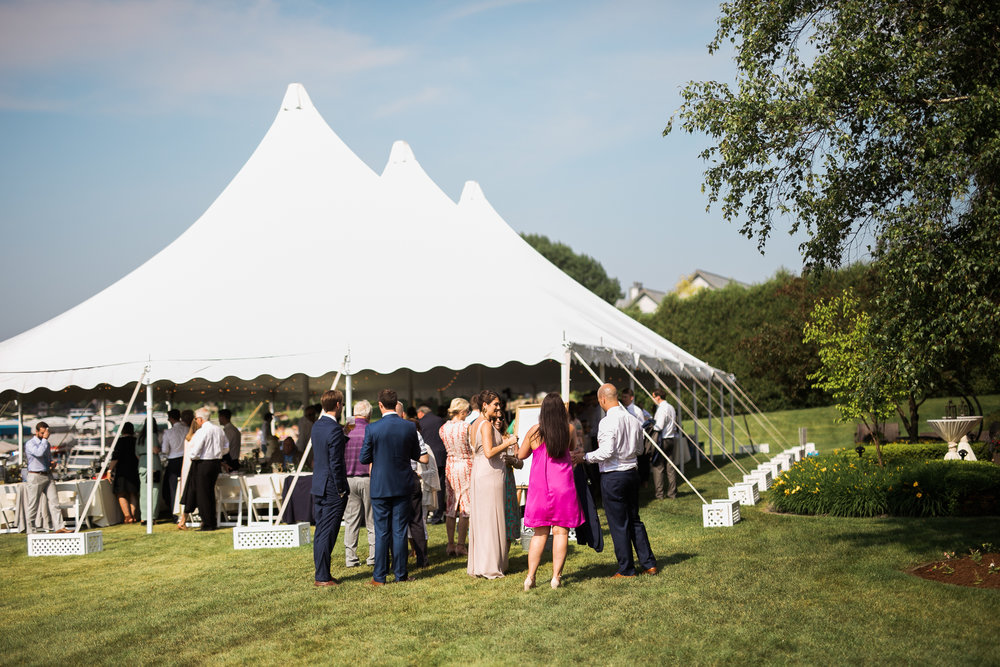 Lake-Estate-Backyard-Wedding-Wisconsin_146.jpg