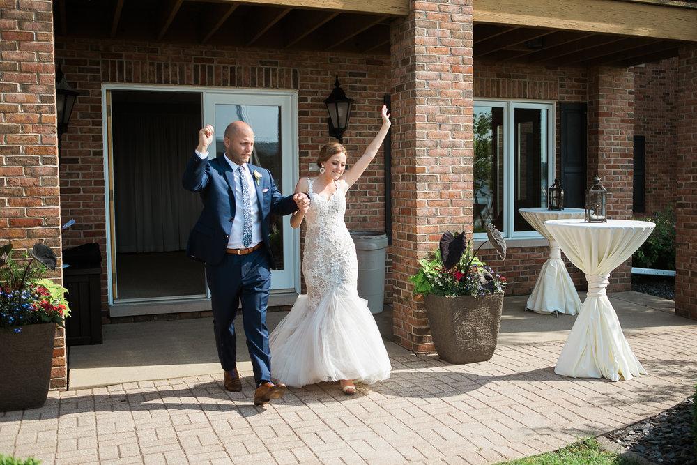 Lake-Estate-Backyard-Wedding-Wisconsin_149.jpg