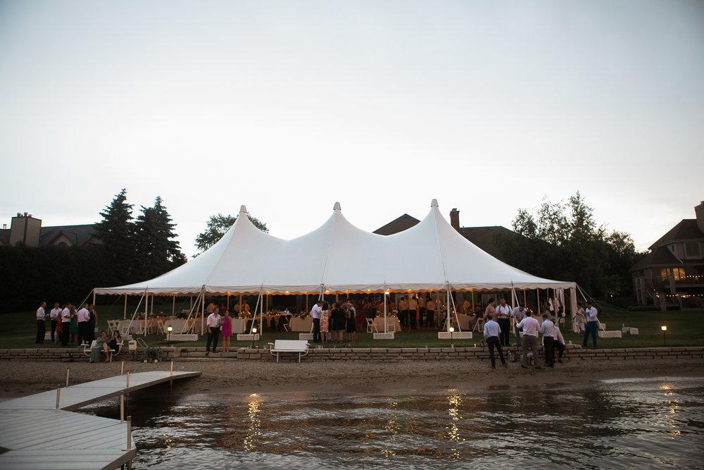 Lake-Estate-Backyard-Wedding-Wisconsin_203.jpg