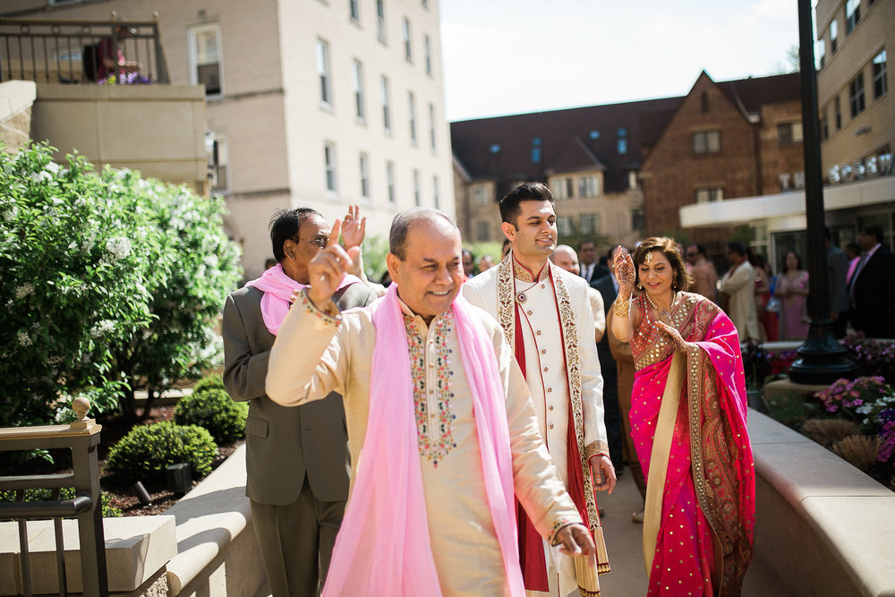 Indian-Fusion-Wedding-Madison-Wisconsin_076.jpg