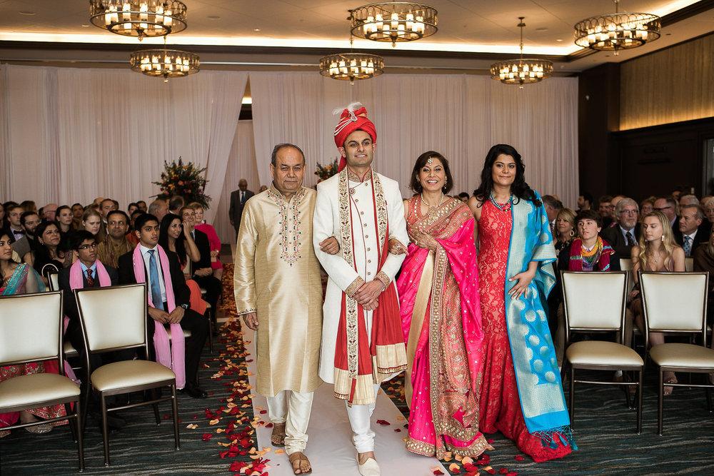 Indian-Fusion-Wedding-Madison-Wisconsin_096.jpg