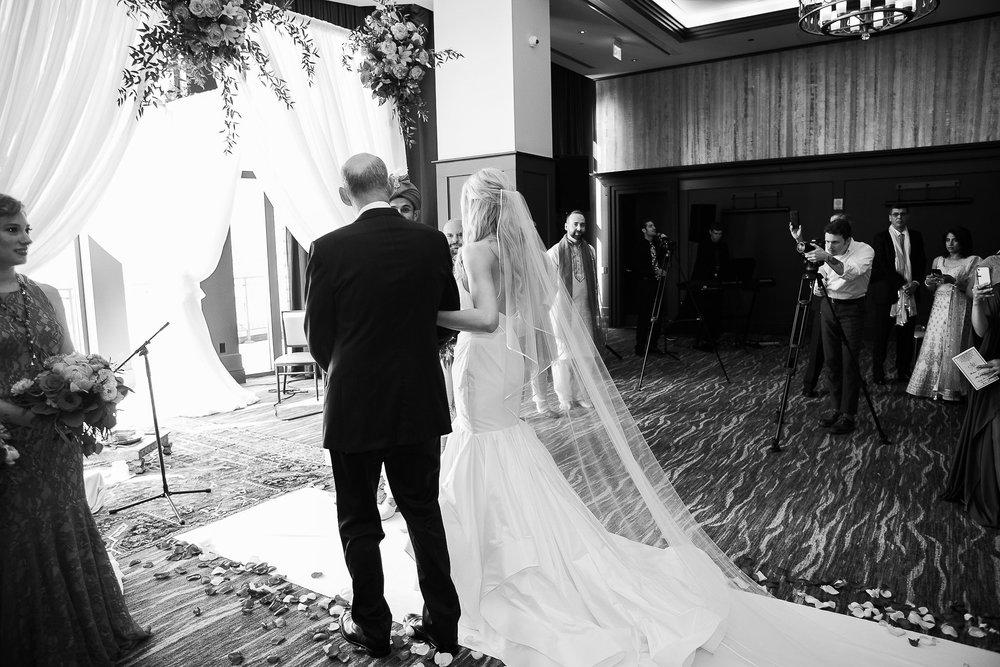 Indian-Fusion-Wedding-Madison-Wisconsin_105.jpg