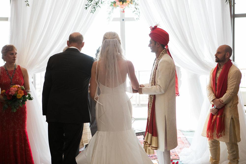 Indian-Fusion-Wedding-Madison-Wisconsin_108.jpg