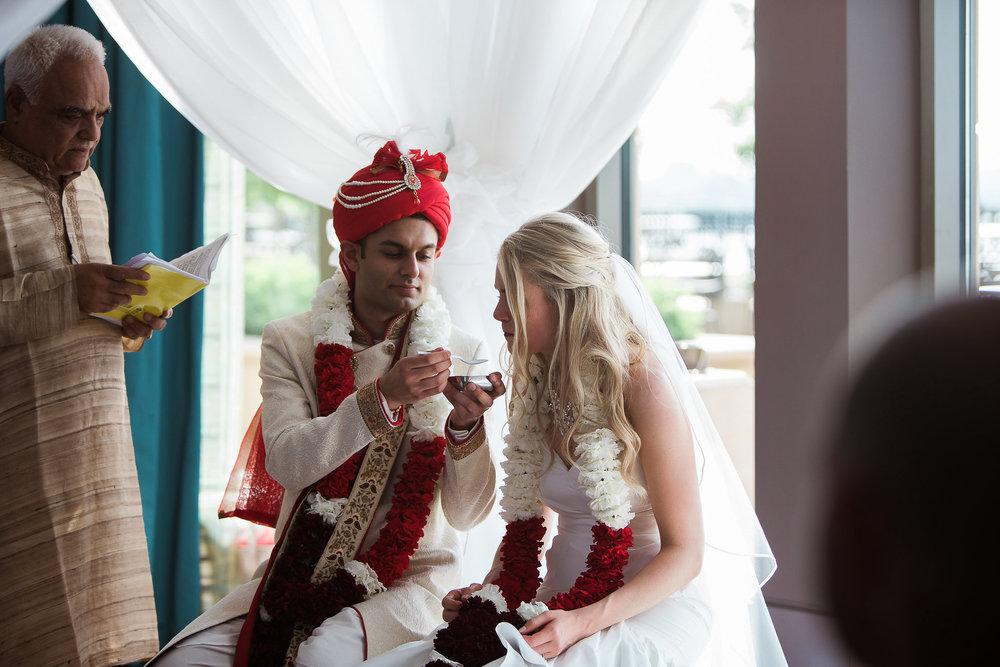Indian-Fusion-Wedding-Madison-Wisconsin_112.jpg