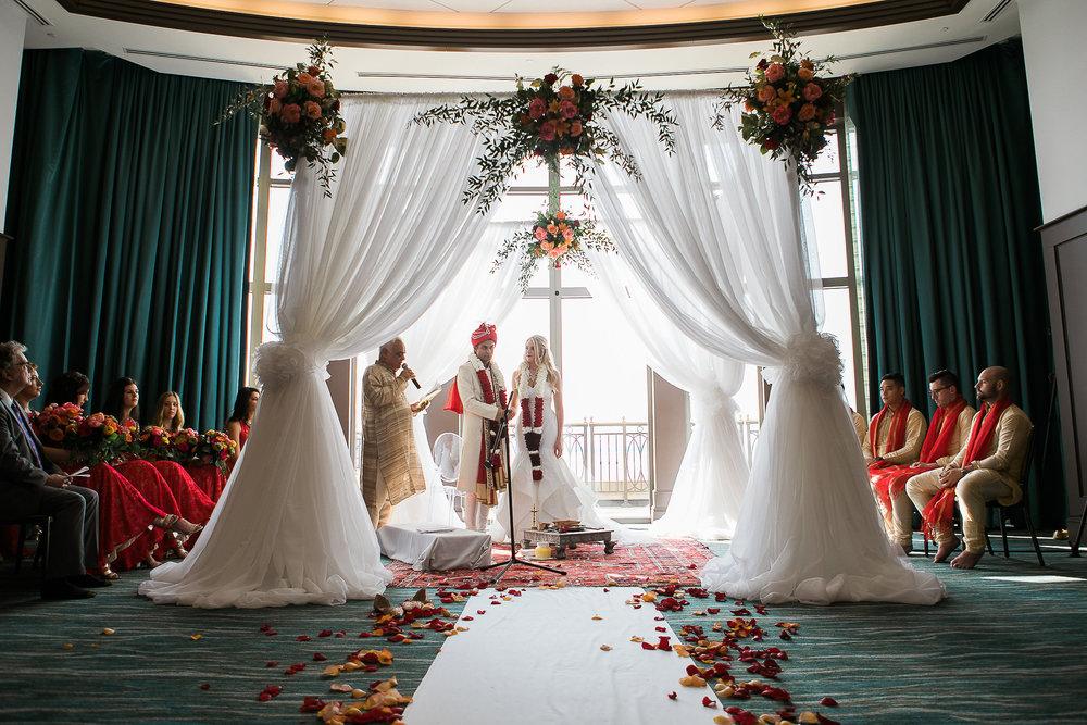 Indian-Fusion-Wedding-Madison-Wisconsin_117.jpg