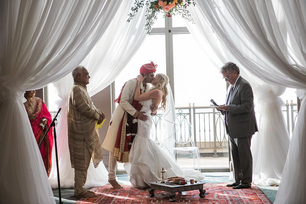 Indian-Fusion-Wedding-Madison-Wisconsin_126.jpg