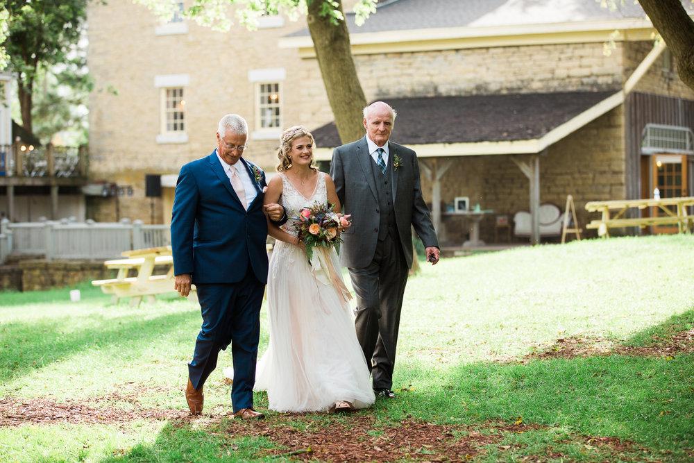 Wisconsin-Paoli-Mill-Wedding-Photography_086.jpg