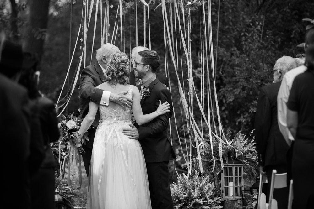 Wisconsin-Paoli-Mill-Wedding-Photography_094.jpg