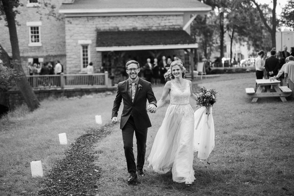 Wisconsin-Paoli-Mill-Wedding-Photography_170.jpg