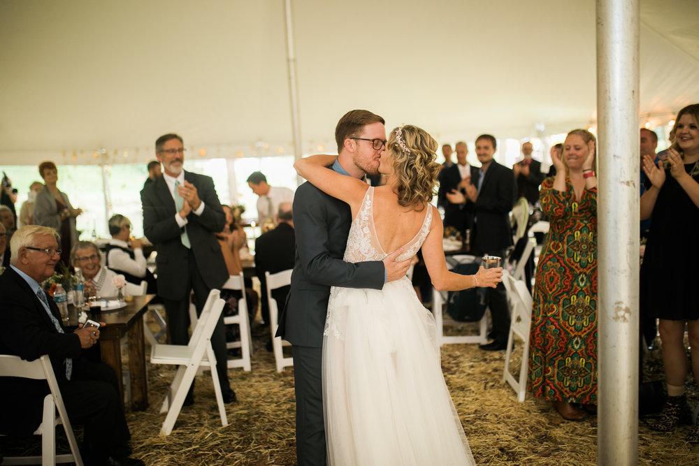 Wisconsin-Paoli-Mill-Wedding-Photography_176.jpg