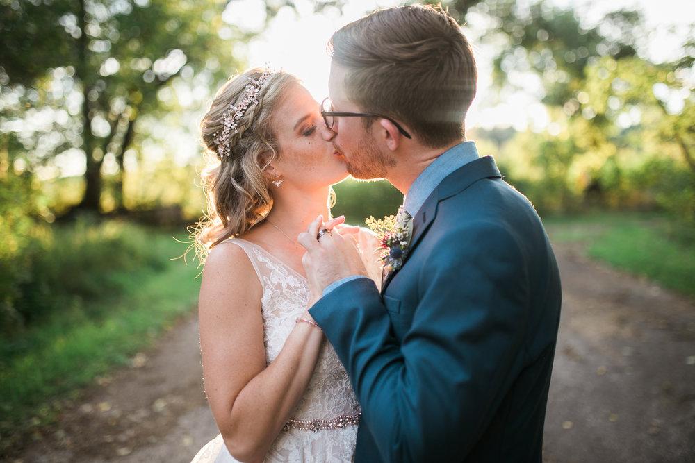 Wisconsin-Paoli-Mill-Wedding-Photography_178.jpg