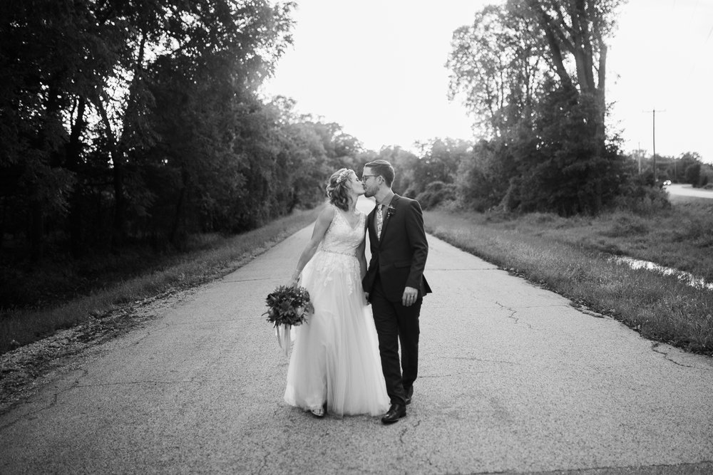 Wisconsin-Paoli-Mill-Wedding-Photography_190.jpg
