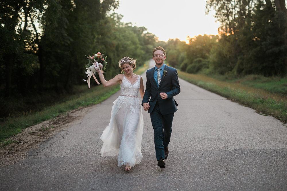 Wisconsin-Paoli-Mill-Wedding-Photography_196.jpg