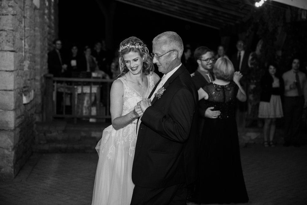 Wisconsin-Paoli-Mill-Wedding-Photography_213.jpg