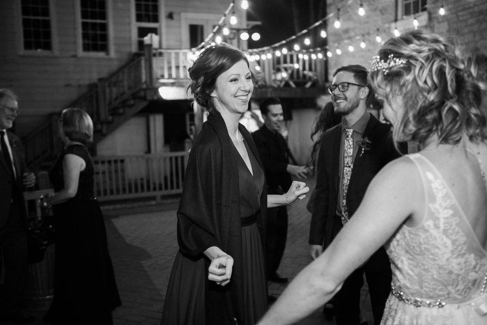 Wisconsin-Paoli-Mill-Wedding-Photography_220.jpg