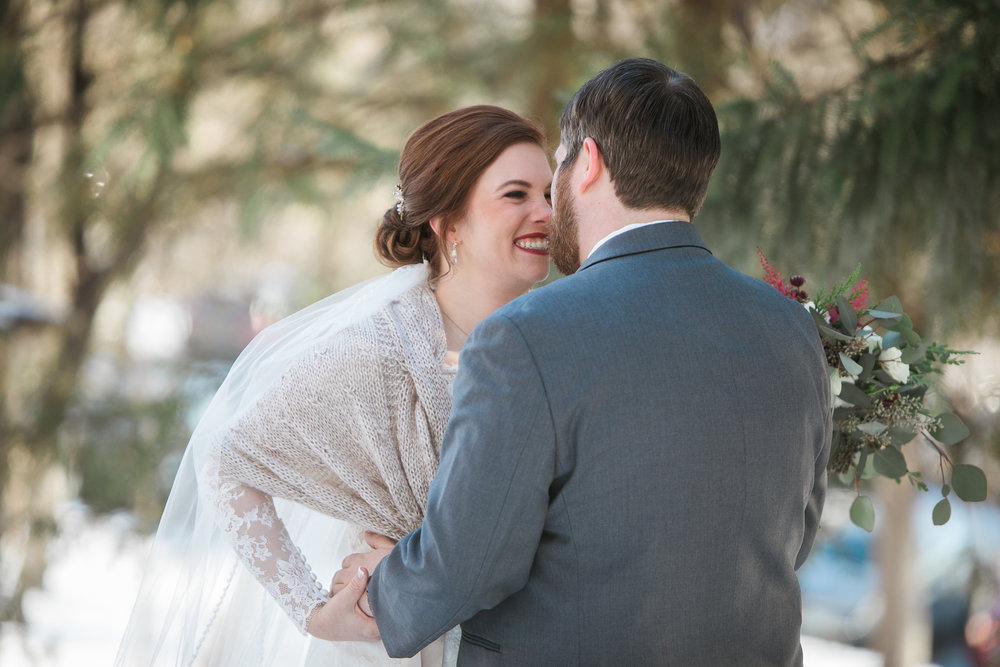 Minnesota-winter-wedding-New-Ulm_027.jpg
