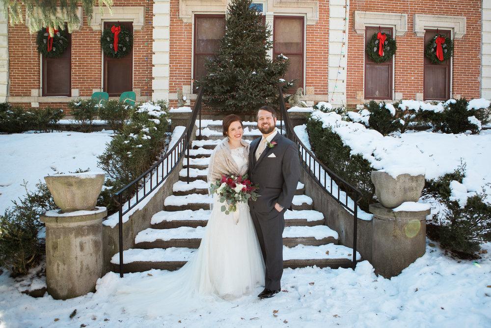 Minnesota-winter-wedding-New-Ulm_029.jpg