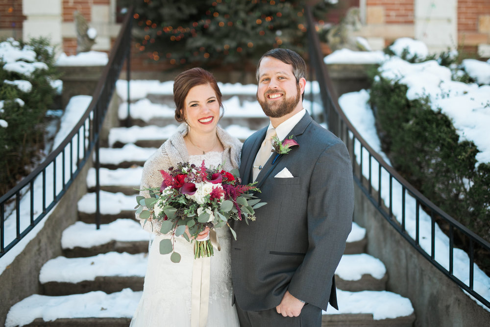 Minnesota-winter-wedding-New-Ulm_033.jpg