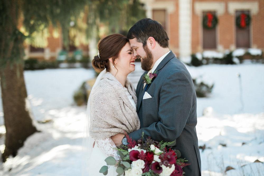 Minnesota-winter-wedding-New-Ulm_037.jpg