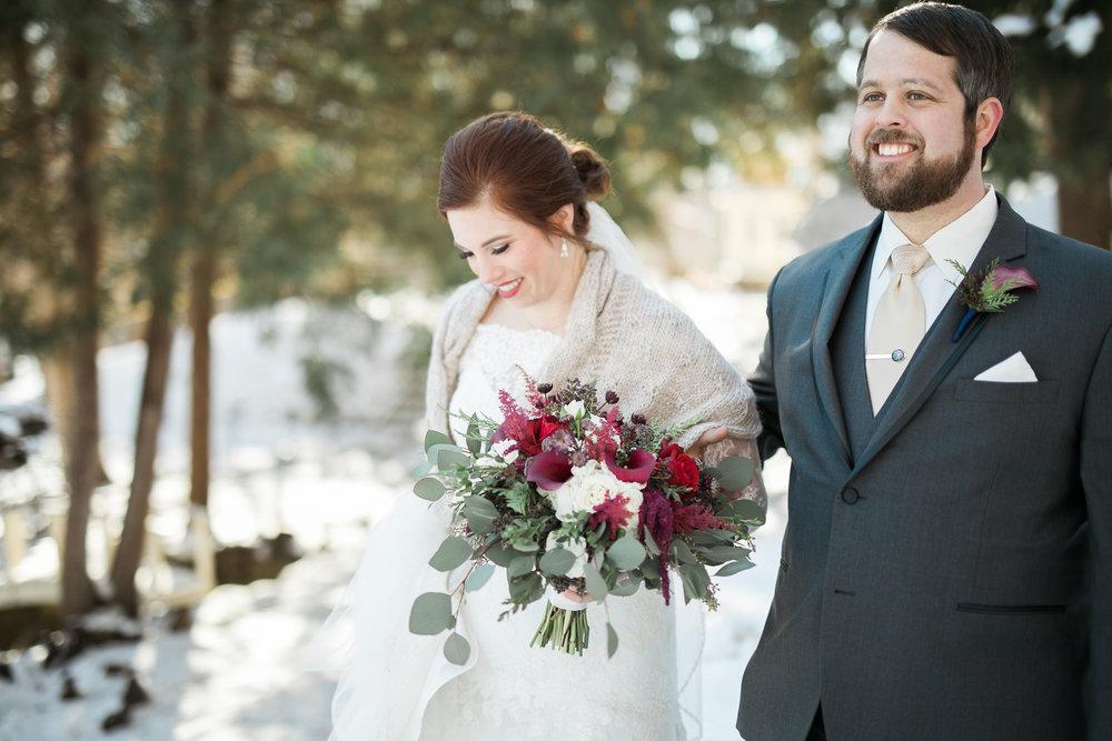 Minnesota-winter-wedding-New-Ulm_040.jpg