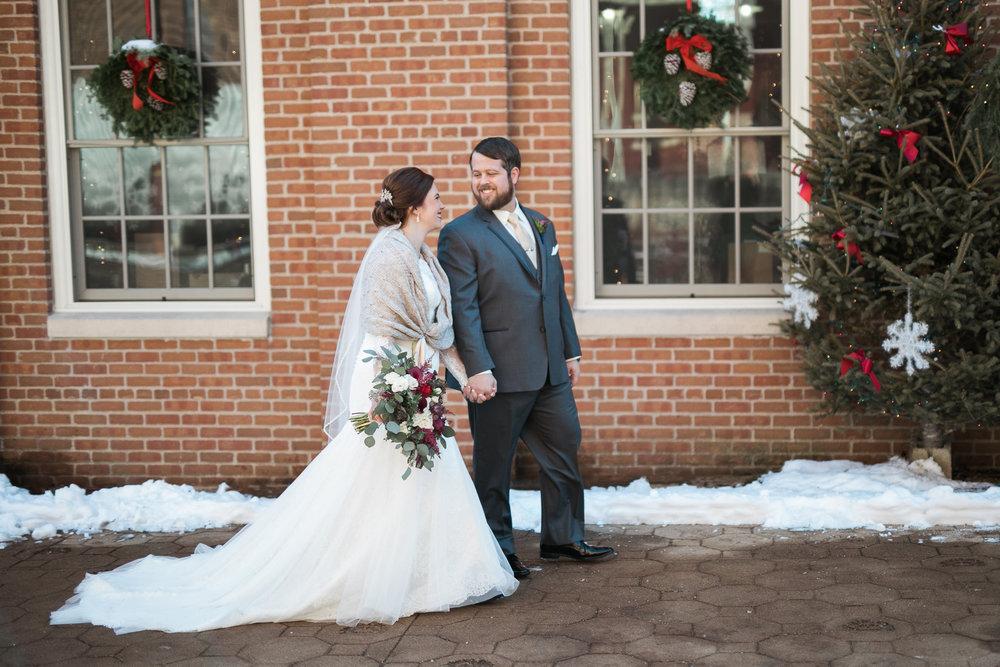 Minnesota-winter-wedding-New-Ulm_046.jpg