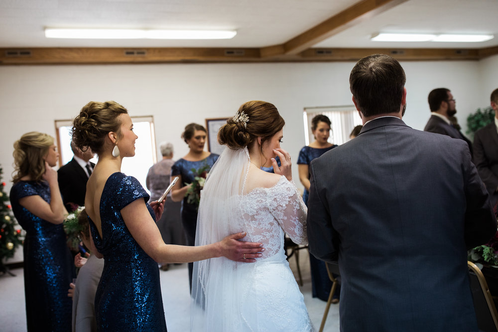 Minnesota-winter-wedding-New-Ulm_065.jpg