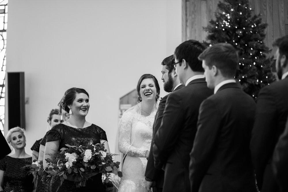 Minnesota-winter-wedding-New-Ulm_083.jpg
