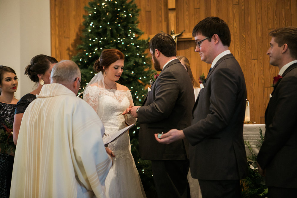 Minnesota-winter-wedding-New-Ulm_087.jpg
