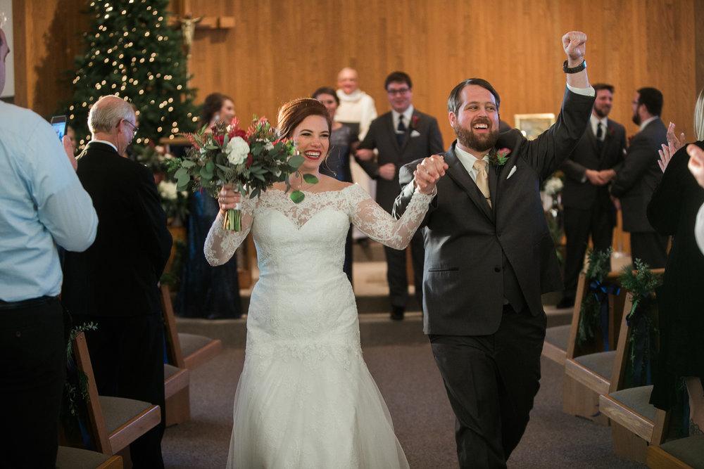 Minnesota-winter-wedding-New-Ulm_096.jpg