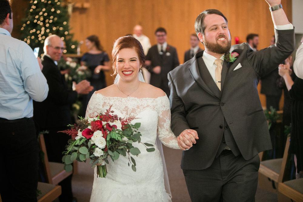 Minnesota-winter-wedding-New-Ulm_097.jpg