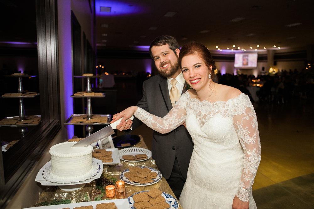 Minnesota-winter-wedding-New-Ulm_133.jpg