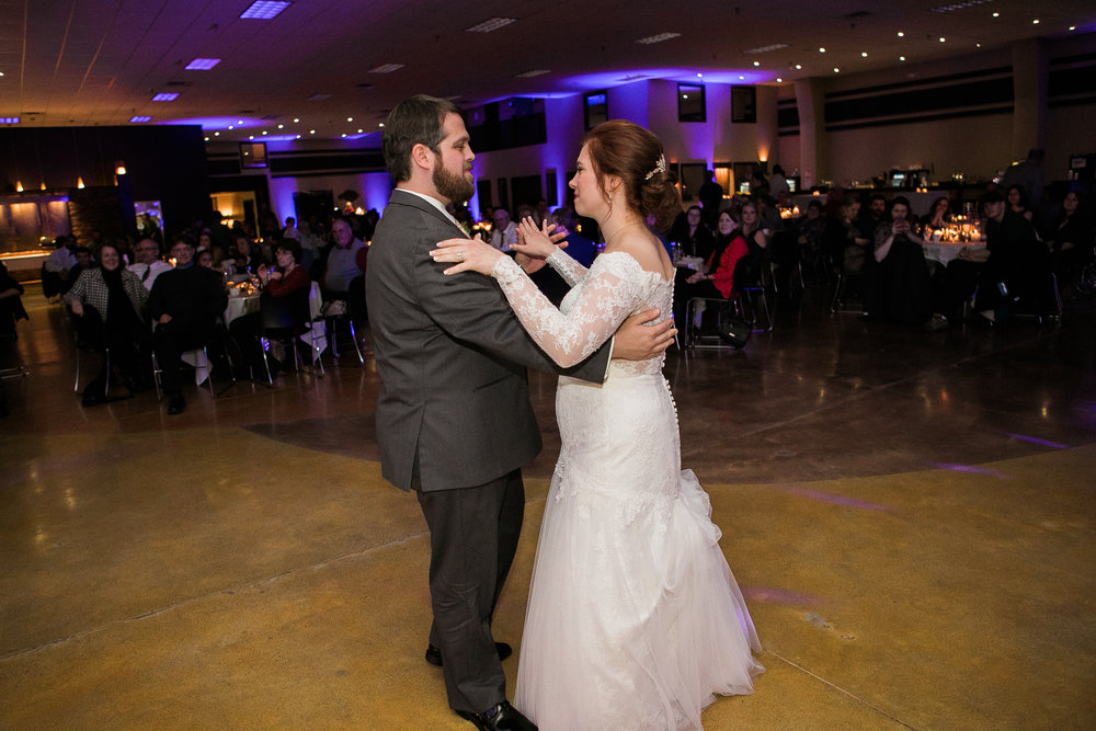 Minnesota-winter-wedding-New-Ulm_134.jpg
