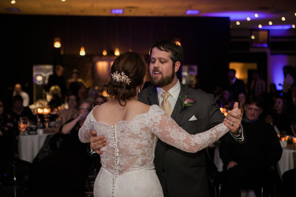 Minnesota-winter-wedding-New-Ulm_135.jpg