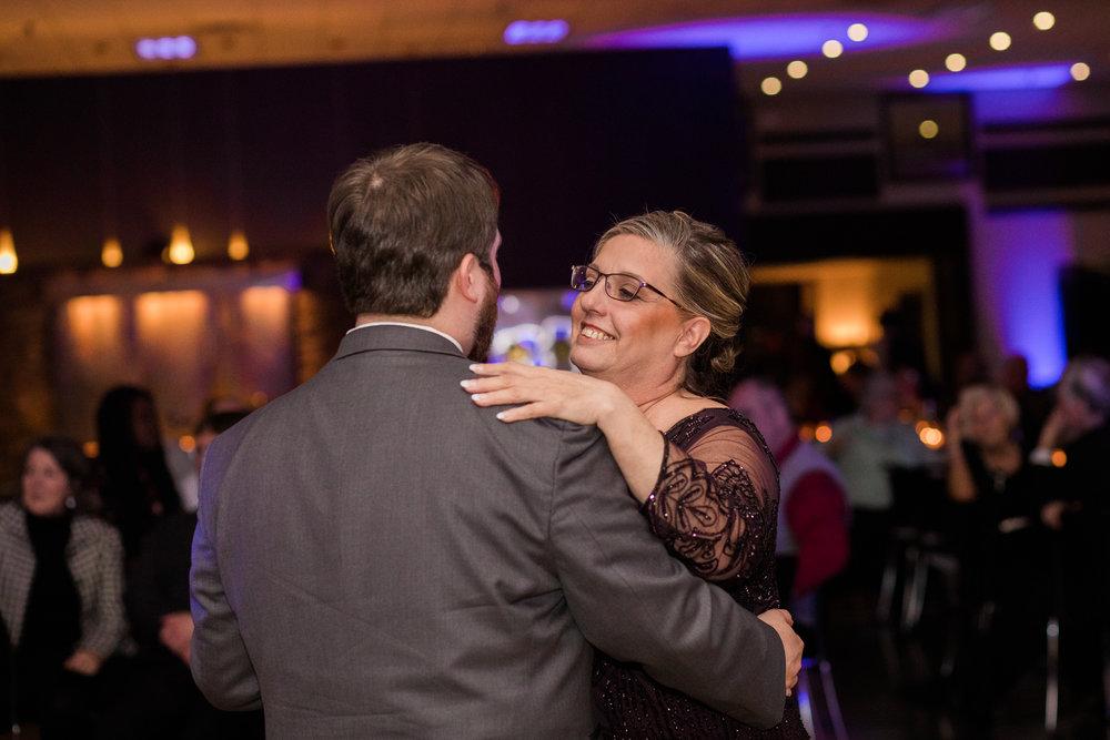 Minnesota-winter-wedding-New-Ulm_141.jpg