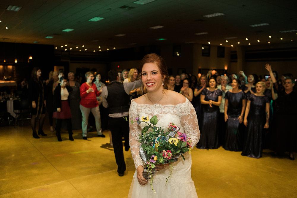 Minnesota-winter-wedding-New-Ulm_143.jpg