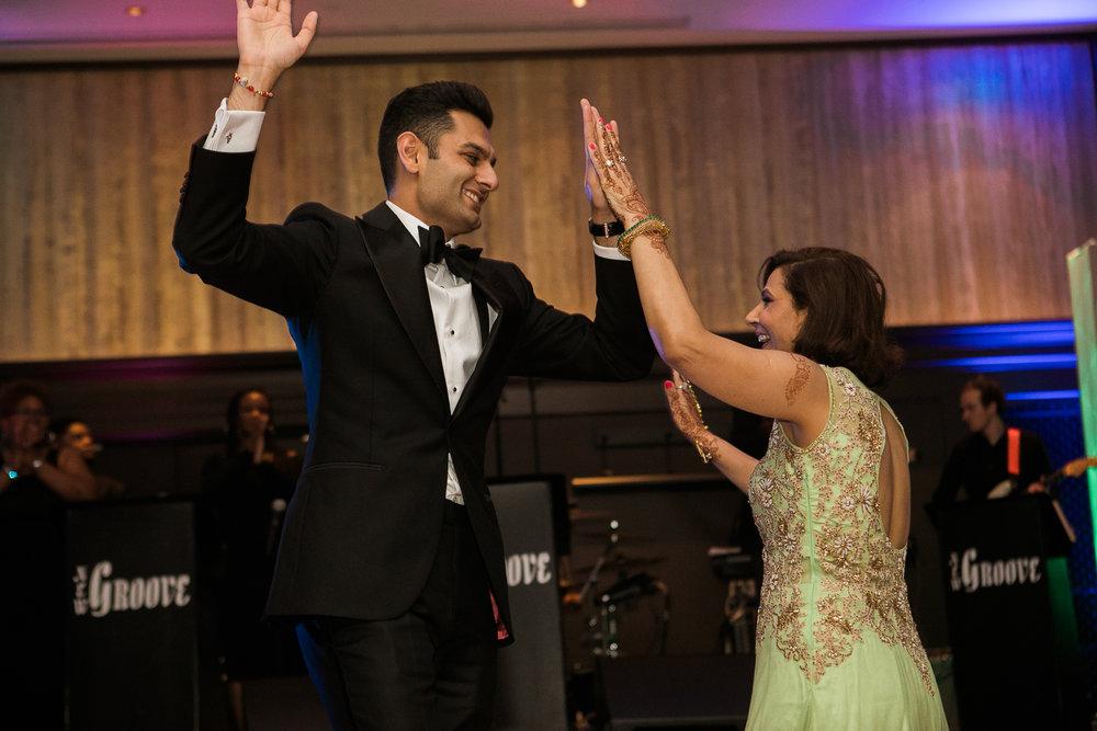 Indian-Fusion-wedding-Madison-Wisconsin_168.jpg