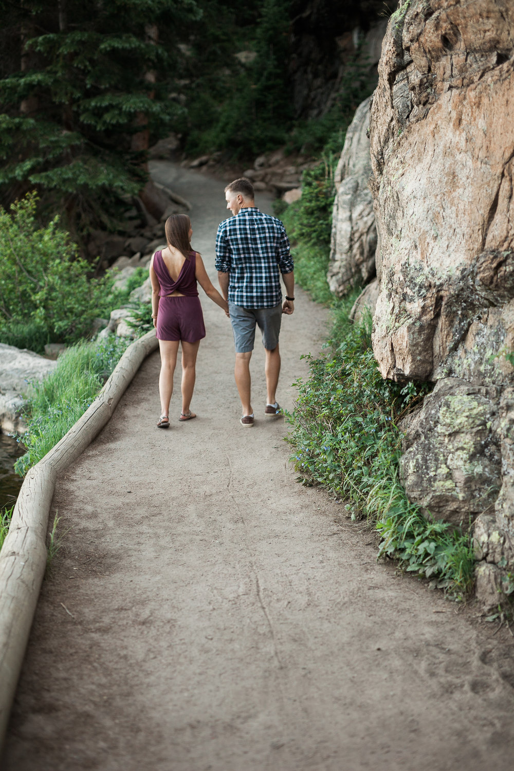 Rocky-Mountain-National-Park-engagement_022.jpg
