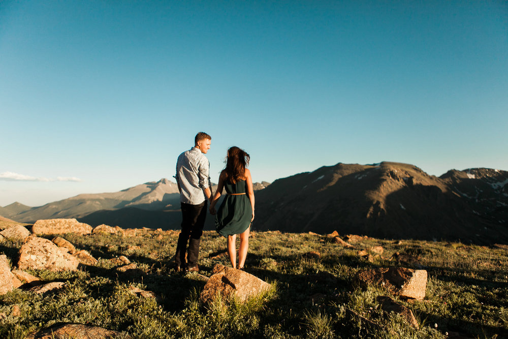 Rocky-Mountain-National-Park-engagement_028.jpg
