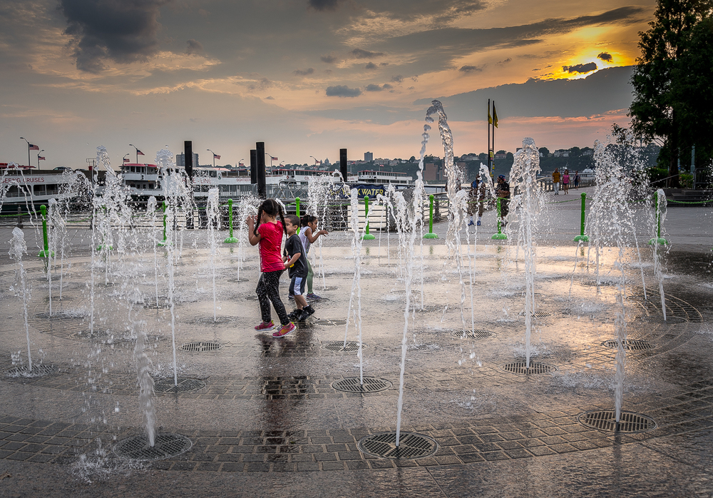 Interactive Fountain Pier 84 - June 12th, 2015