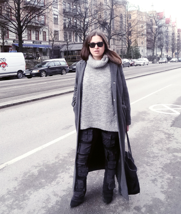 Wool coat/vintage, knit/H & M, pants/Acne Studios, purse/& Other Stories, shades/Ray Ban
