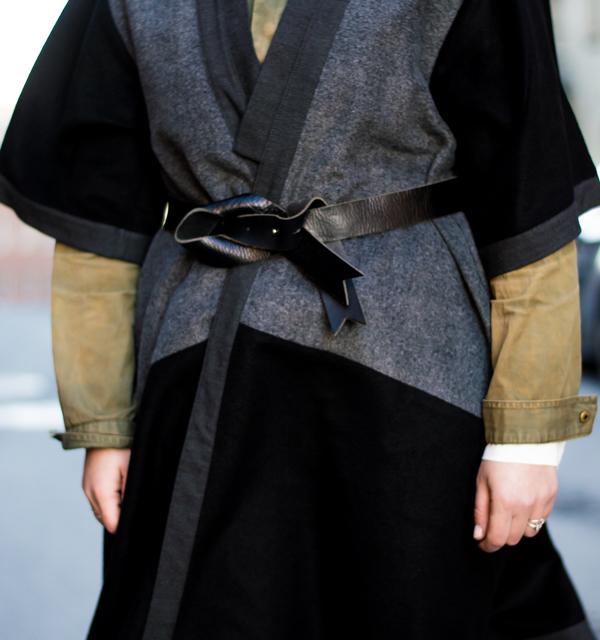 Wearing: Kimono/Nelly.com. Leather pants/Helmut Lang. Shirt/Gina Tricot.Army jacket & belt/vintage.