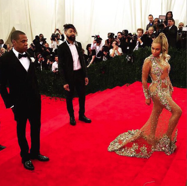 Queen B in Givenchy