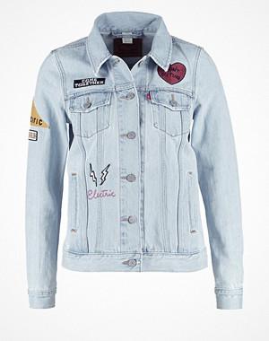levis patched boyfriend jacket