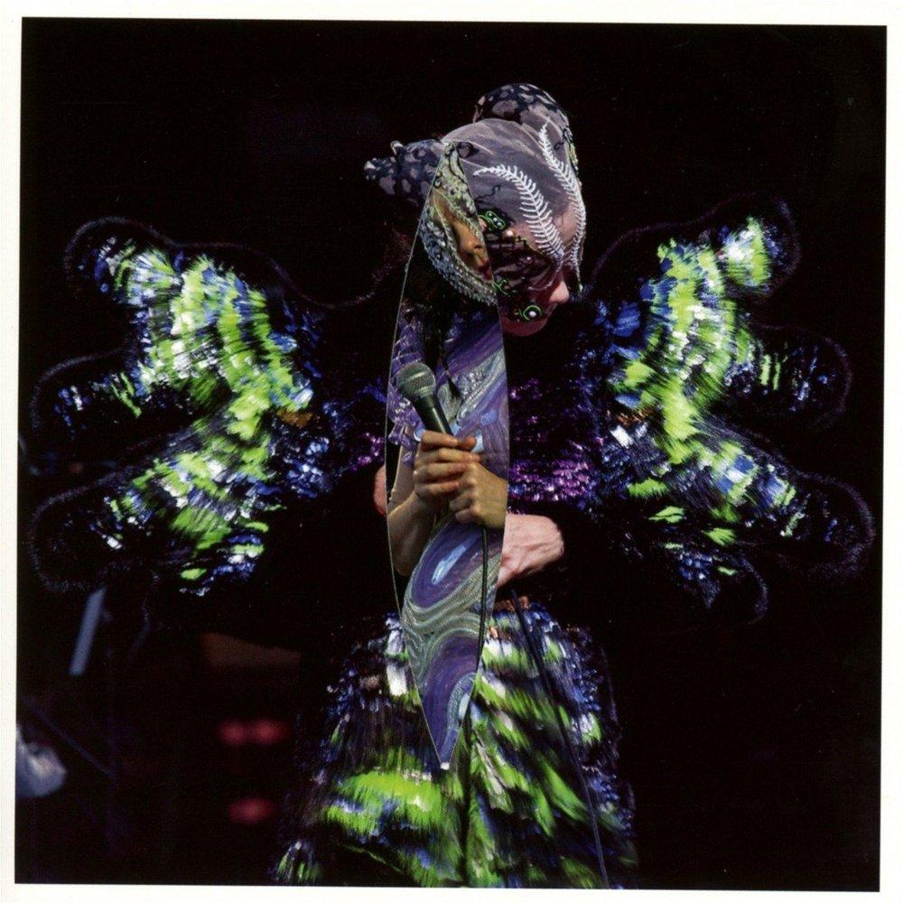 Björk - Vulnicura Live
