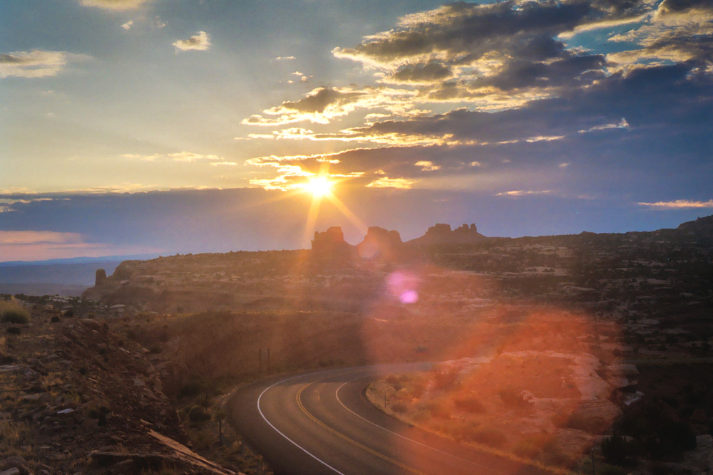 Canyonlands Sunrise.jpg