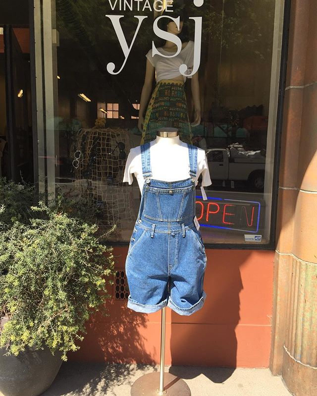 Vintage short overalls worn with 80s net tee #summermusthaves #downtownsac #vintageshop #overalls